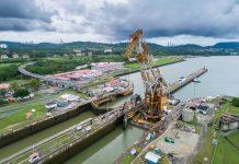 Canal de Panamá establece nueva vía