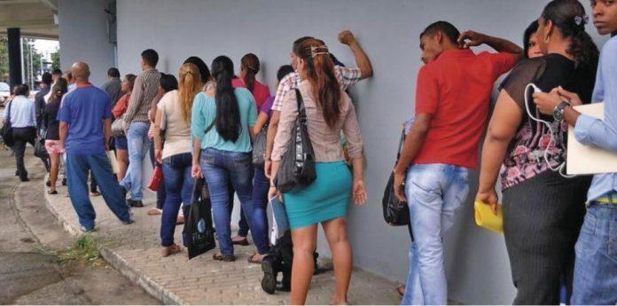 371 mil personas desempleadas en Panamá