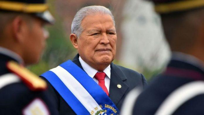 Detienen al ex presidente Sánchez Cerén