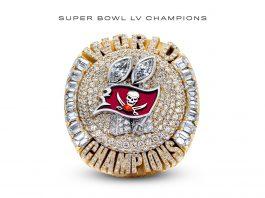 Tampa Bay Buccaneers revela su anillo de campeón del Super Bowl LV