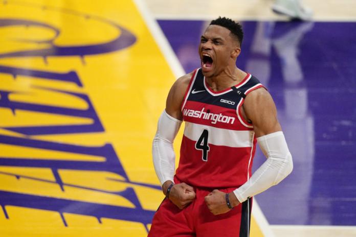 Westbrook ficha por Los Angeles Lakers para la próxima temporada.