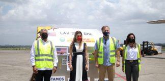 Vacunas COVID-19 donadas por EEUU llegan a Panamá