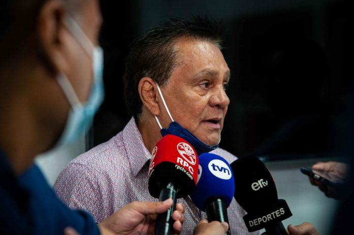 Roberto Durán demanda a Super Xtra y La Prensa en Panamá