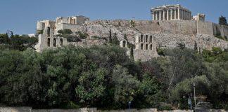 Acrópolis cerrada por excepcional ola de calor