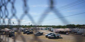 EEUU espera liberar a más migrantes haitianos